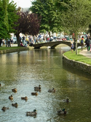 Bourton-on-the-Water13