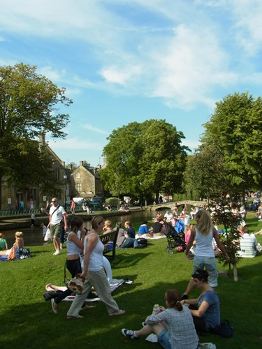 Bourton-on-the-Water42