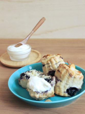bluebery scone1
