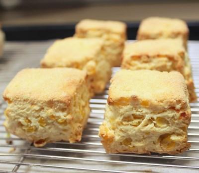sweetcorn scone2