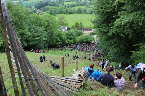 Cheese Rolling13