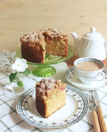 Rhubarb Crumble Cake4